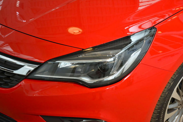 opel astra performance specs pictures hands on headlight angle