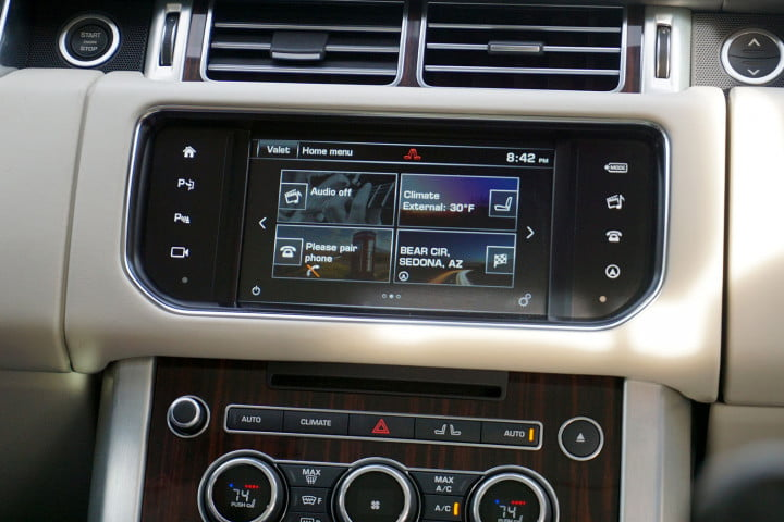 range rover td first drive center console screen