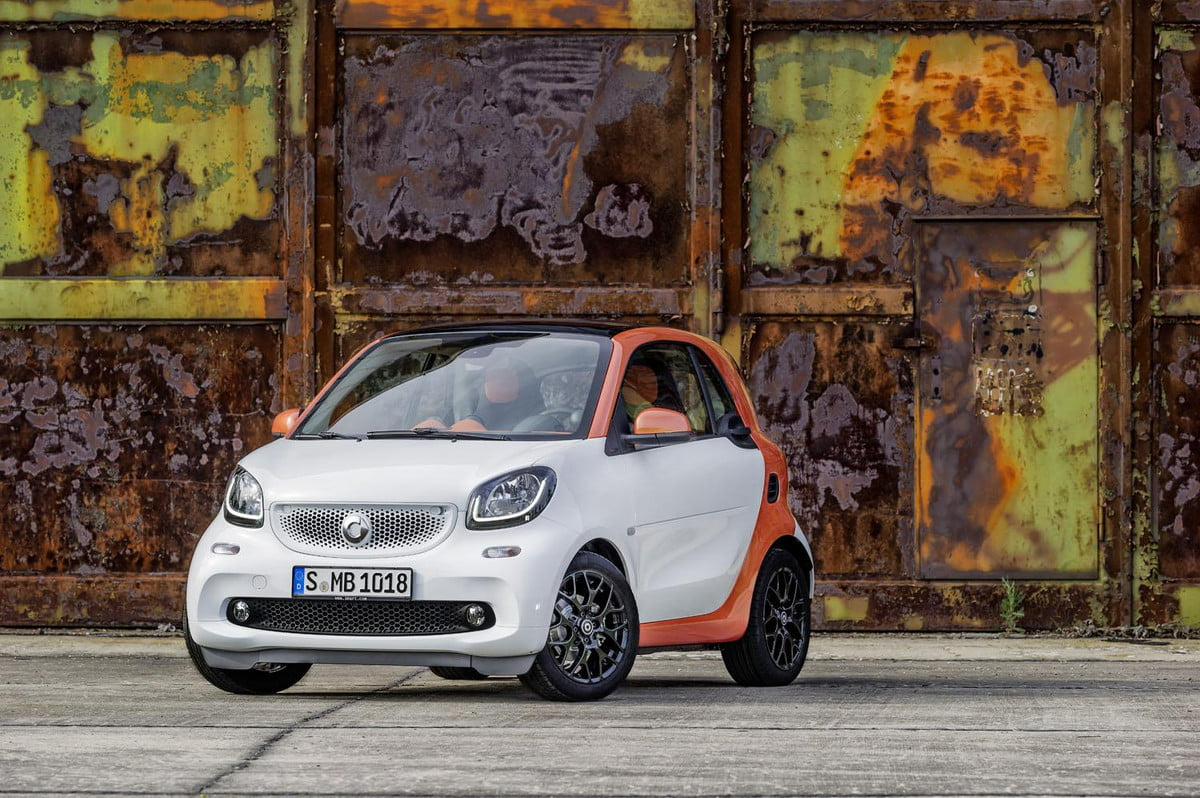 redesigned smart fortwo to debut at  paris motor show