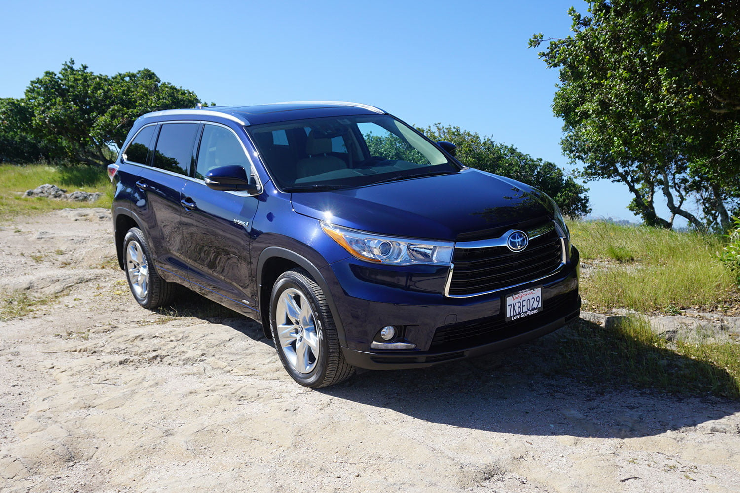 2016 toyota highlander review digital trends. Black Bedroom Furniture Sets. Home Design Ideas