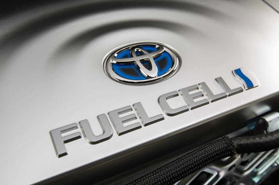 toyota release  fuel cell patents mirai
