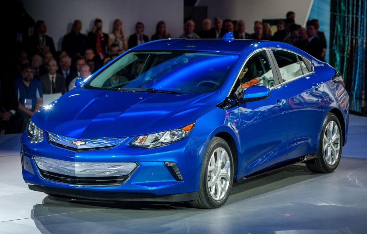chevrolet volt range pictures specs news reveal edited