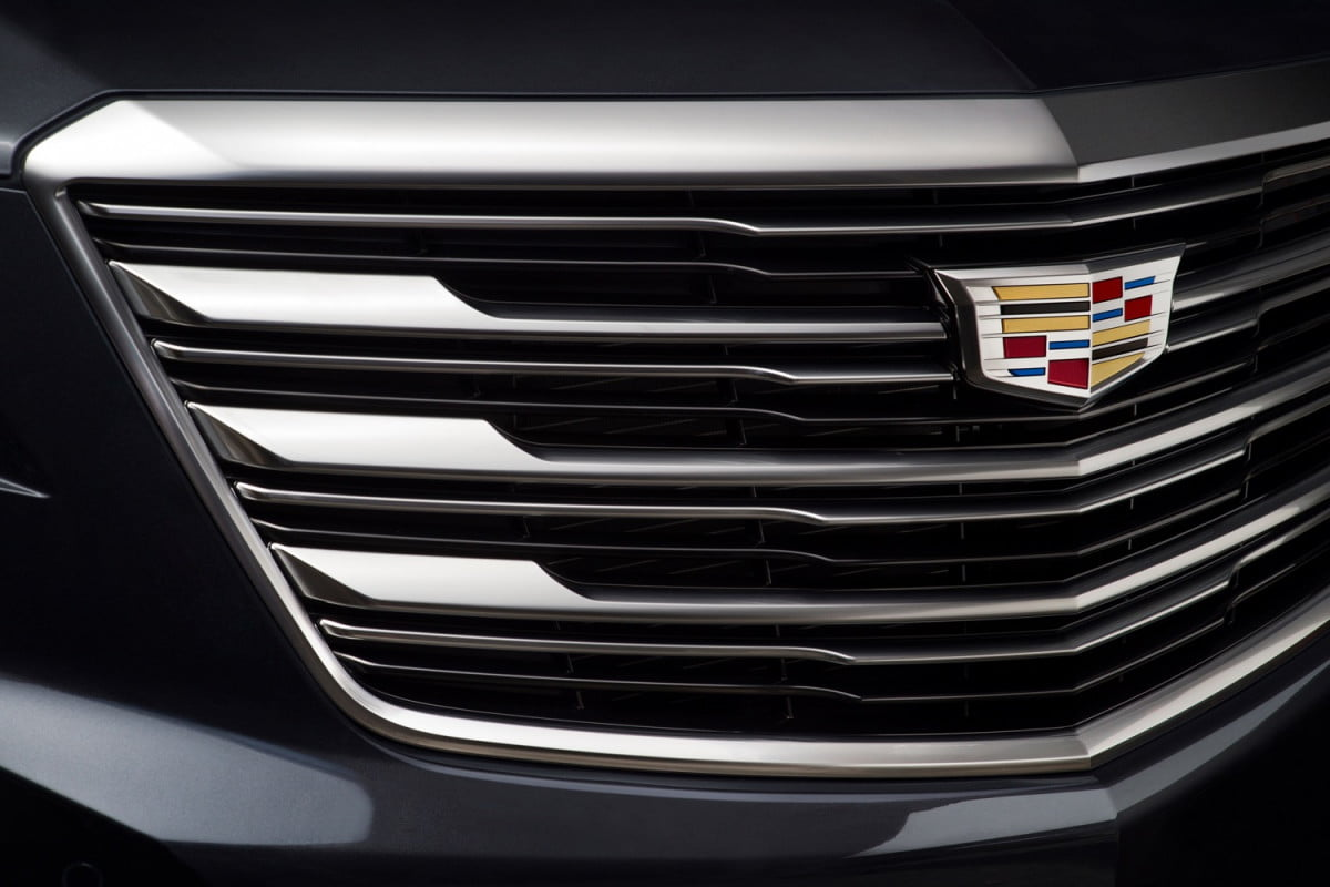 cadillac plans smaller xt  crossover for