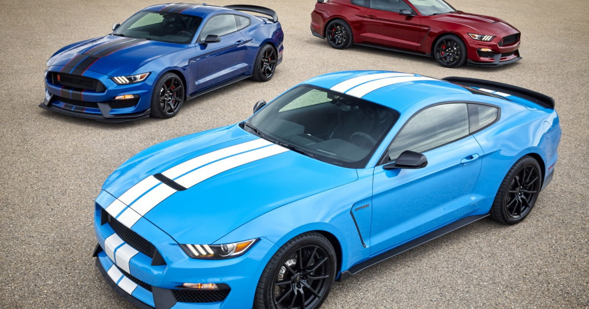 2017 ford shelby gt350 mustang photos details specs digital trends. Black Bedroom Furniture Sets. Home Design Ideas