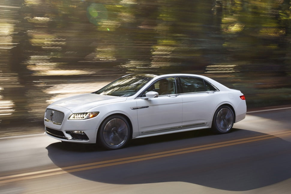 lincoln 39 s 2017 continental sedan is priced specs news. Black Bedroom Furniture Sets. Home Design Ideas