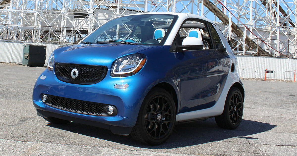 2017 smart fortwo cabrio first drive digital trends. Black Bedroom Furniture Sets. Home Design Ideas