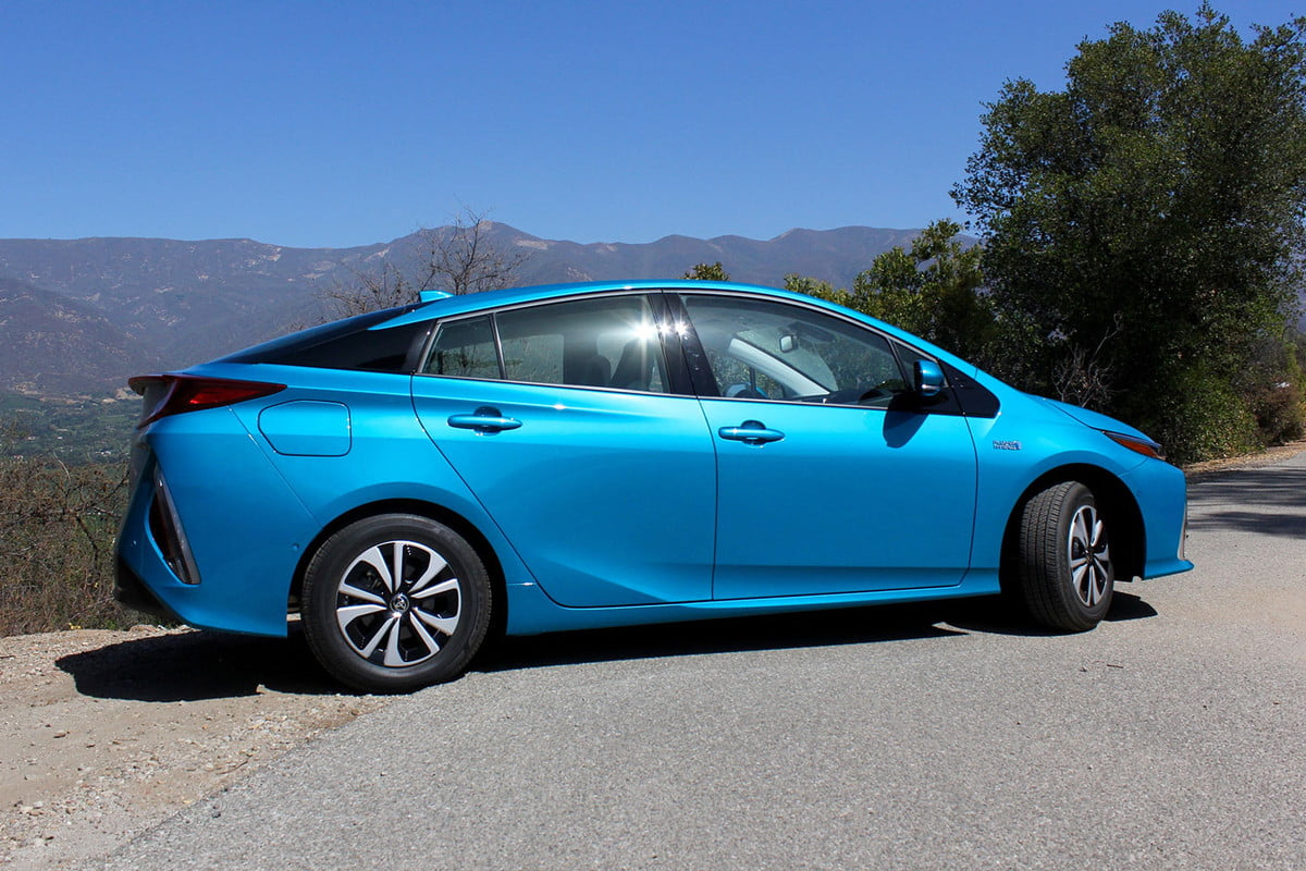 toyota hybrid development battery electric vehicles  prius prime