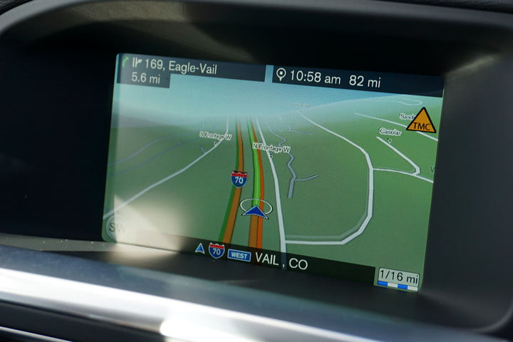 volvo v cross country first drive screen