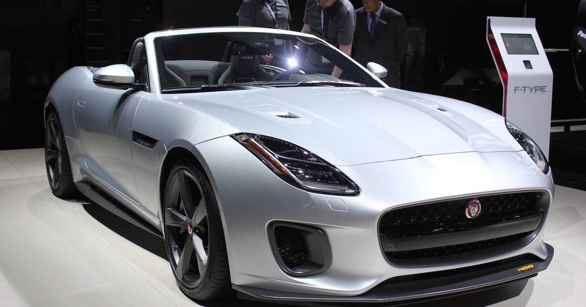 2018 jaguar f type debuts in new york news pictures specs digital trends. Black Bedroom Furniture Sets. Home Design Ideas