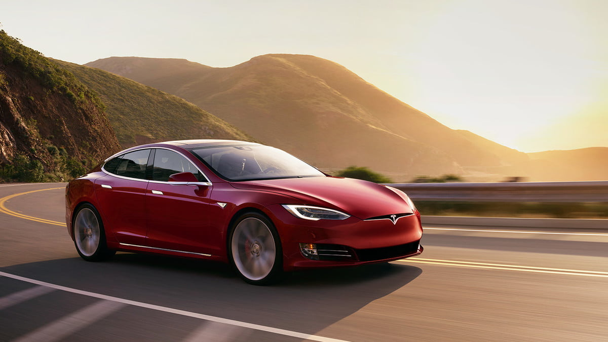 tesla includes full self driving hardware on all cars model s