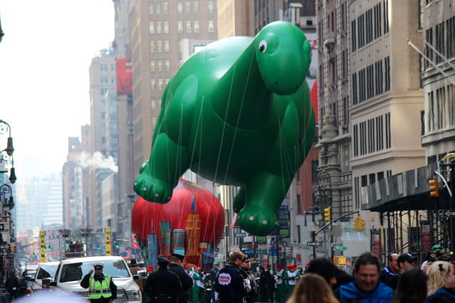 macys thanksgiving day parade live in  cbc k