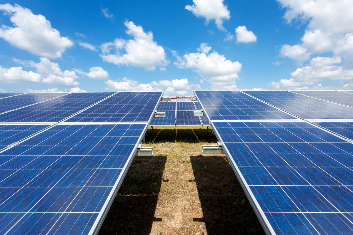 india power plant  solar for electric renewable energy from the sun farm