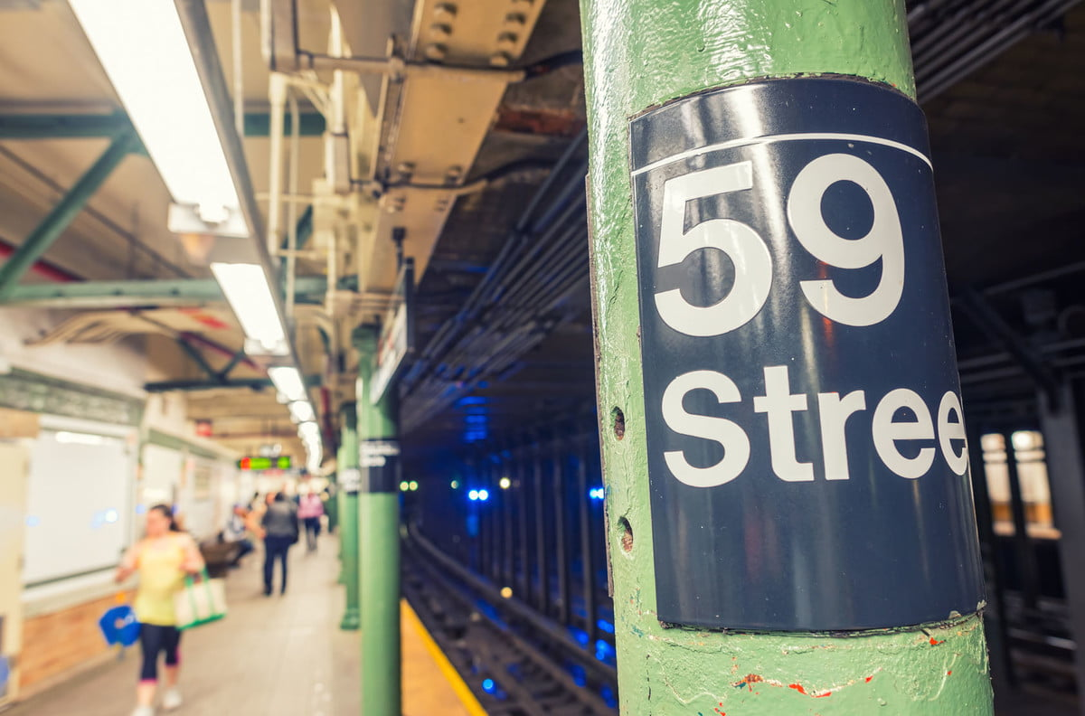 nyc wifi cellular service available now  new york subway station