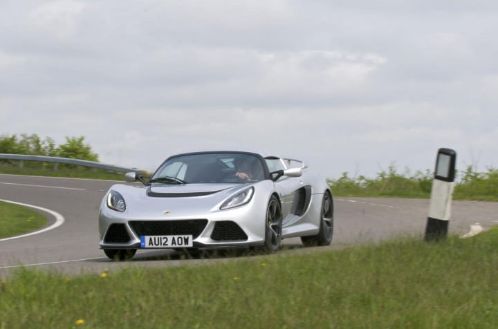 manual automatic lotus now offers exige s