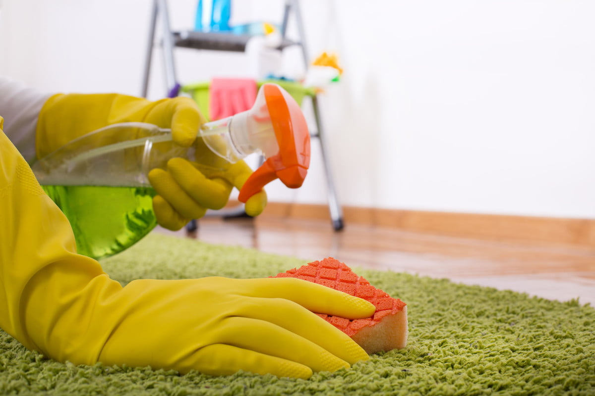 how to remove bloodstains deep carpet cleaning