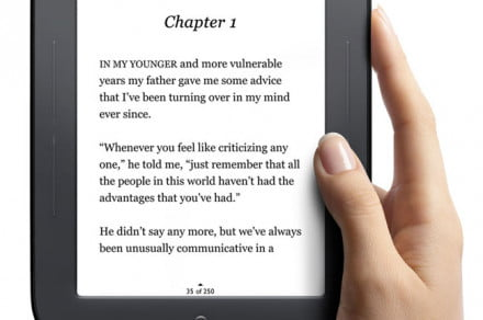Barnes & Noble Nook Simple Touch eReader