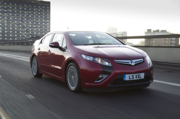 Vauxhall Ampera police car: Chevy Volt's European cousin goes blue ...