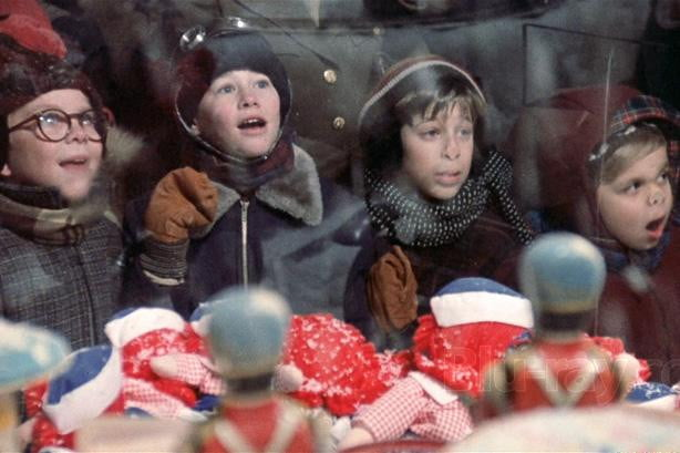 A Christmas Story window shopping
