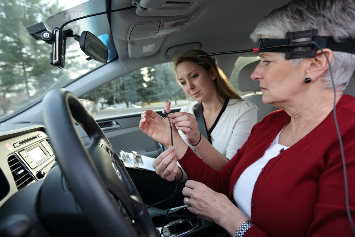Distracted Driving Research, Infographics