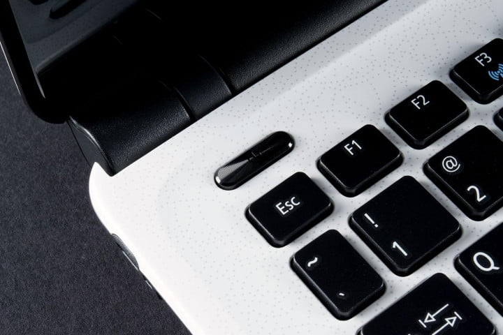 acer aspire e  review power button