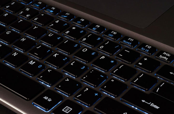 acer aspire r  review keyboard macro