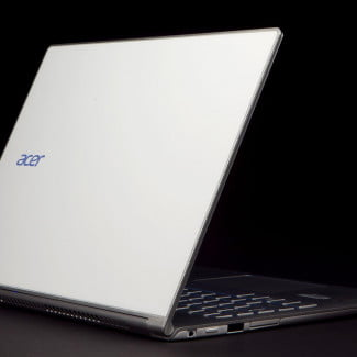 Acer Aspire S7 392 6411 back left angle
