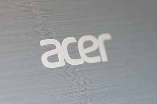 acer aspire v5 review laptop lid detail