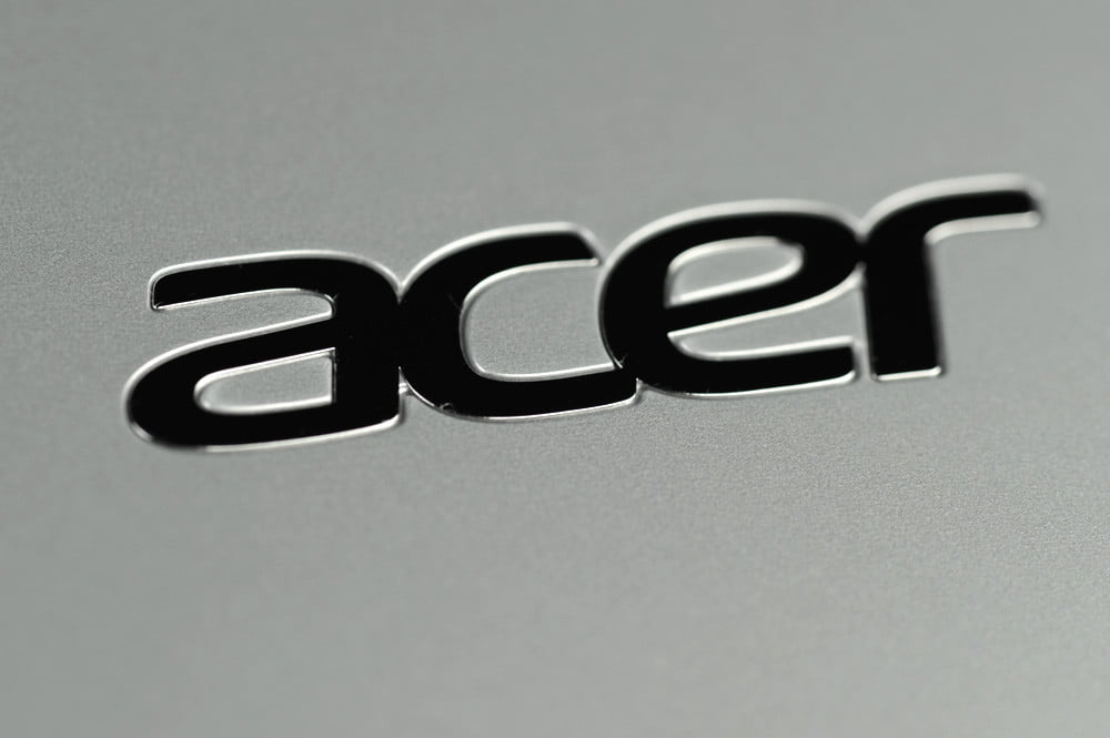 Acer Aspire V5 Touch Review logo lid