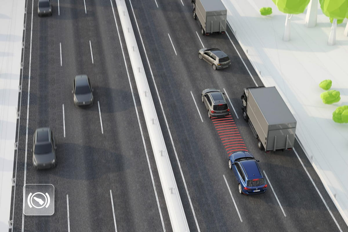 volkswagens in car tech adaptive cruise control (acc)