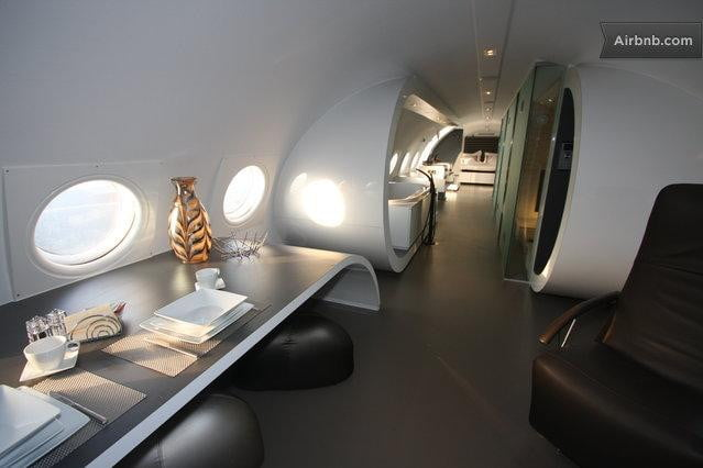 airbnb-airplane-suite-netherlands-2