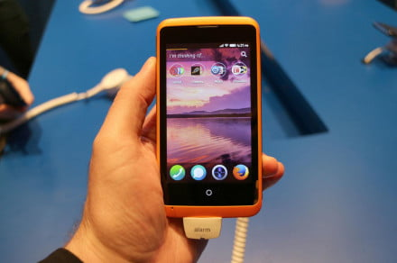 Alcatel OneTouch Fire Firefox OS front home