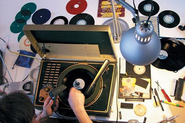 british artist cuts grooves into cds to make them turntable ready aleksander kolkowski s wilcox gay recordette