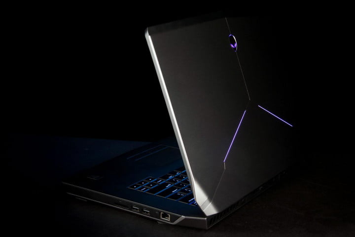 alienware  review side angle