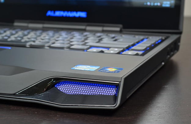 alienware m14x review laptop front lighting gaming laptop