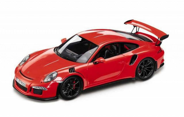 scale model  porsche gt rs revealed