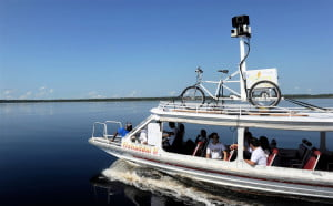 amazon-google-view-boat
