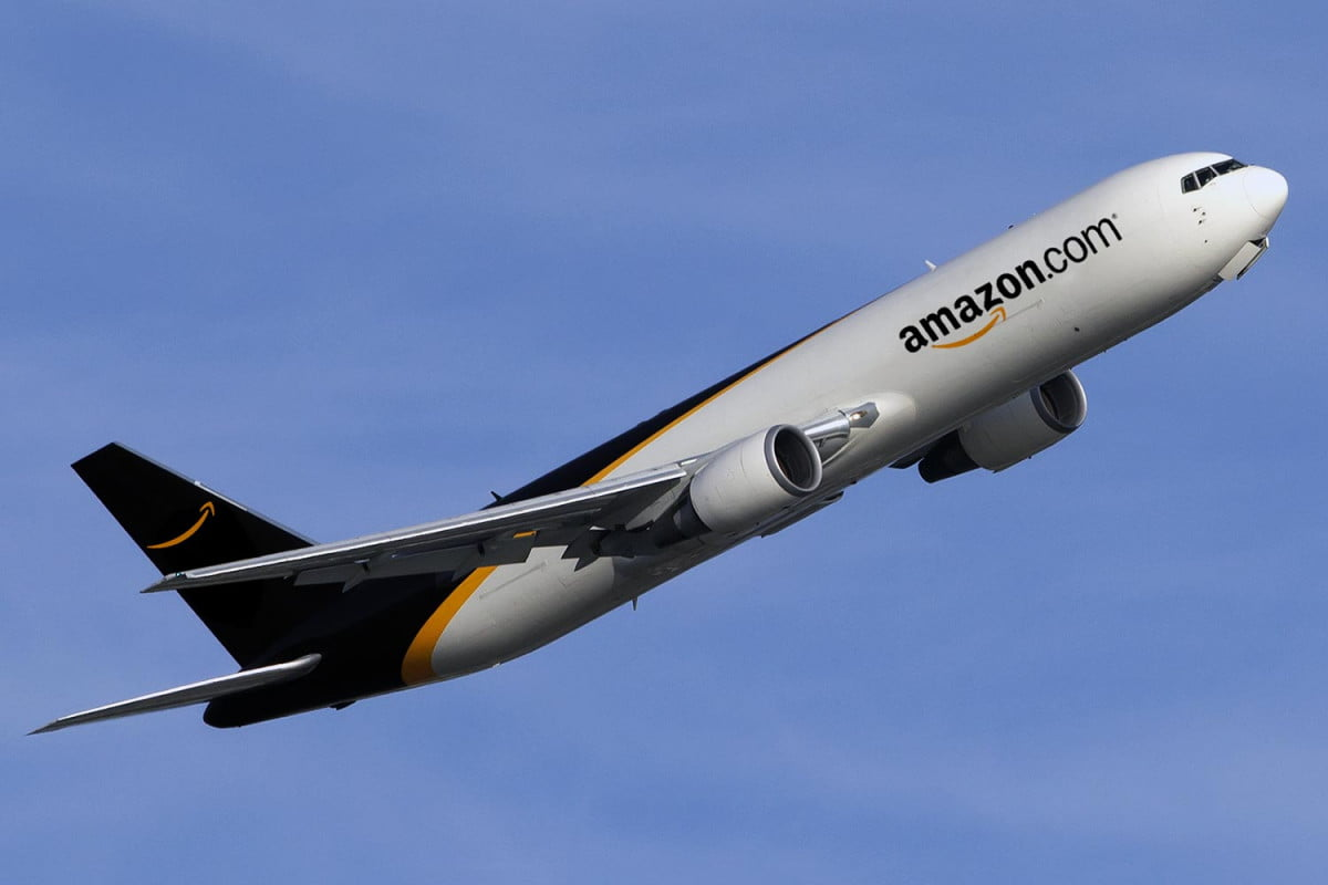 amazon boeing lease plane digitaltrends