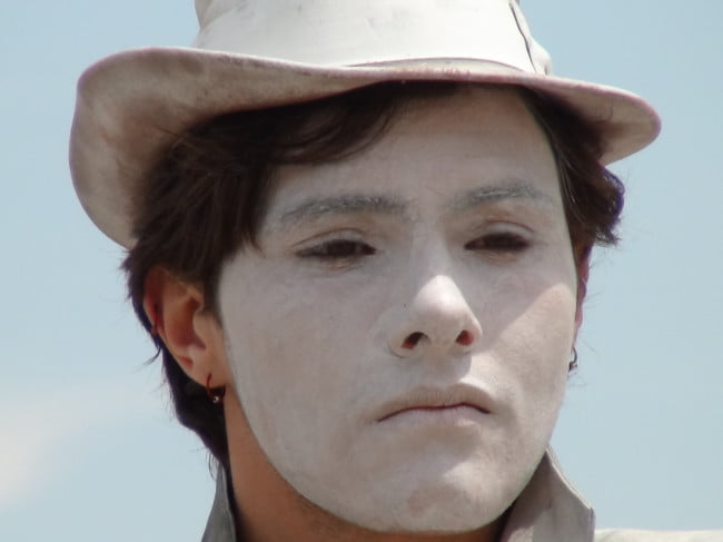 Sony HDR-CX130 sample still: Mime's face