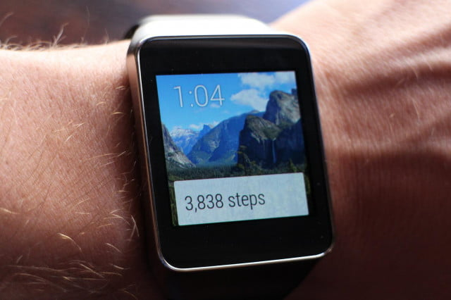 first android wear apps in google play store hands on