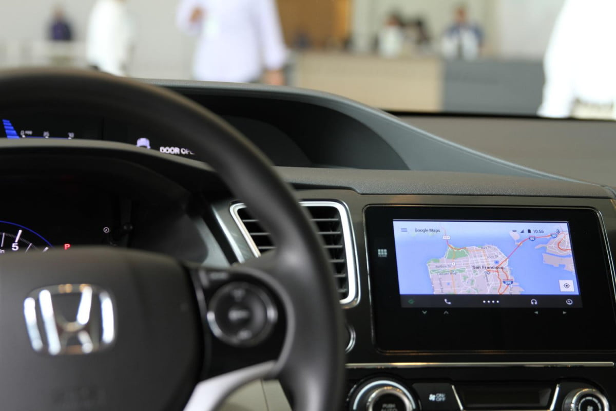 carmakers announce android auto rollout plans in a honda civic