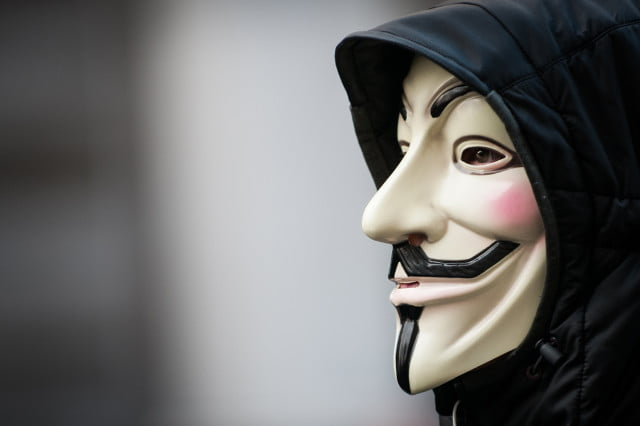 isis website replaced with viagra ad anonymous hacks