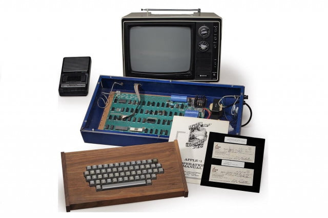 apple  computer sold by jobs to break auction records christies