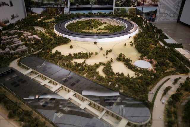 apple gives more detailed look at its spaceship campus model