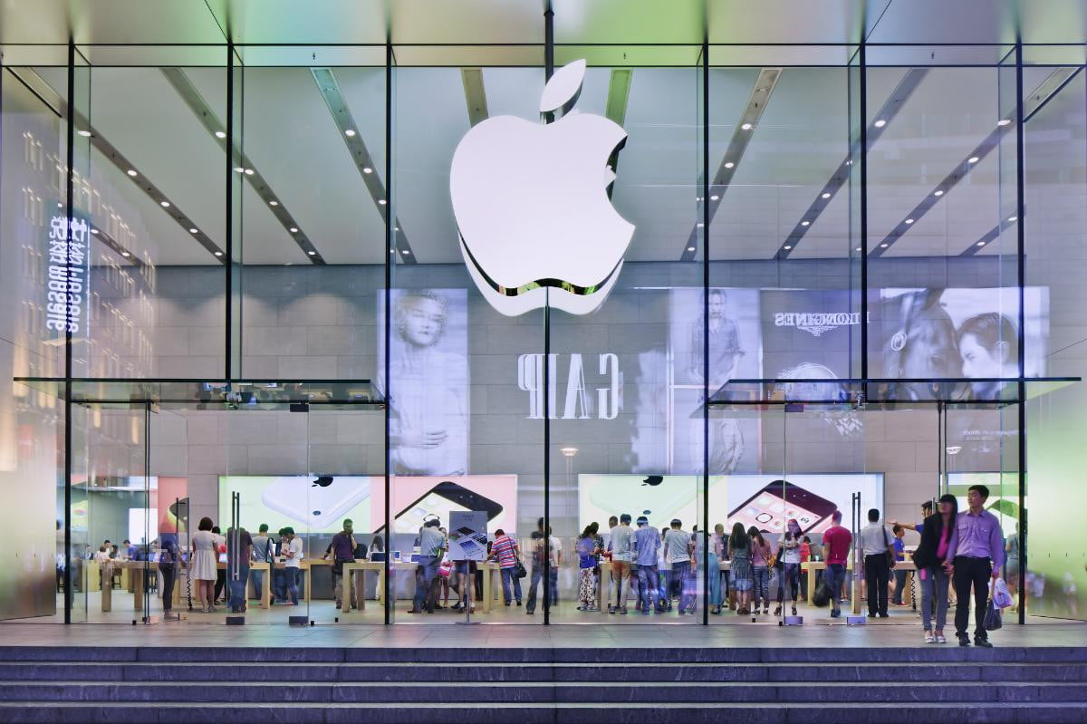 apple replaces xiaomi as the top smartphone maker in china thanks to strong iphone sales