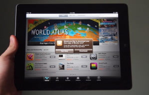 apple-ipad-2012-review-ios-world-atlas