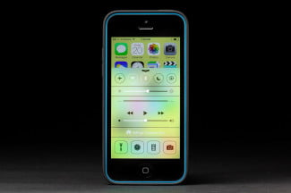 apple iphone 5c control center
