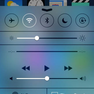 apple iphone 5c ios 7 control center