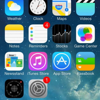 apple iphone 5c ios 7 home screen