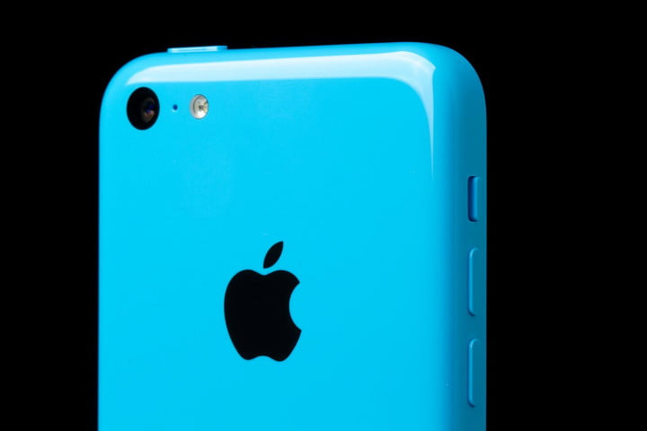 apple iphone  c review rear camera