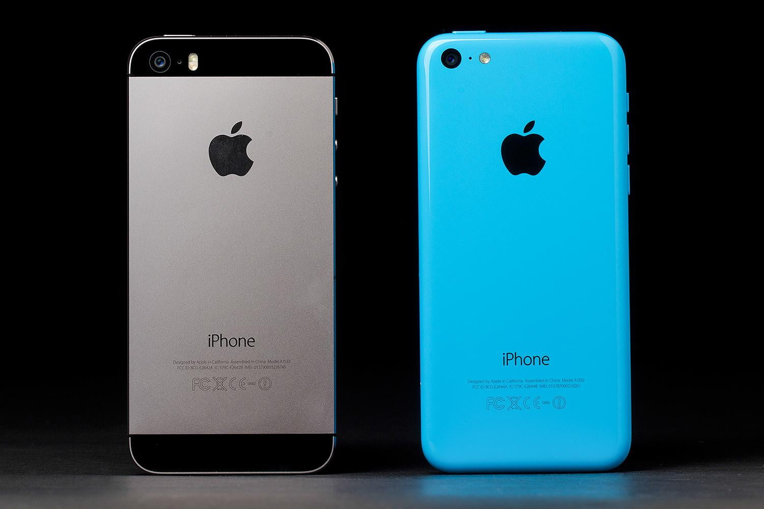 iphone 5c review digital trends. Black Bedroom Furniture Sets. Home Design Ideas